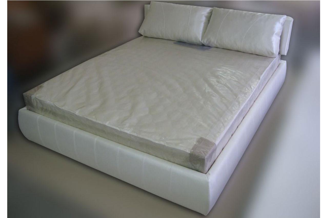 Мягкая кровать Venice